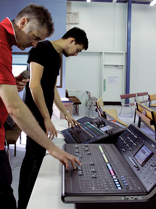 The Allen & Heath Qu-32 and Midas M32 go head to head during Mark and Chris's AT's road test.