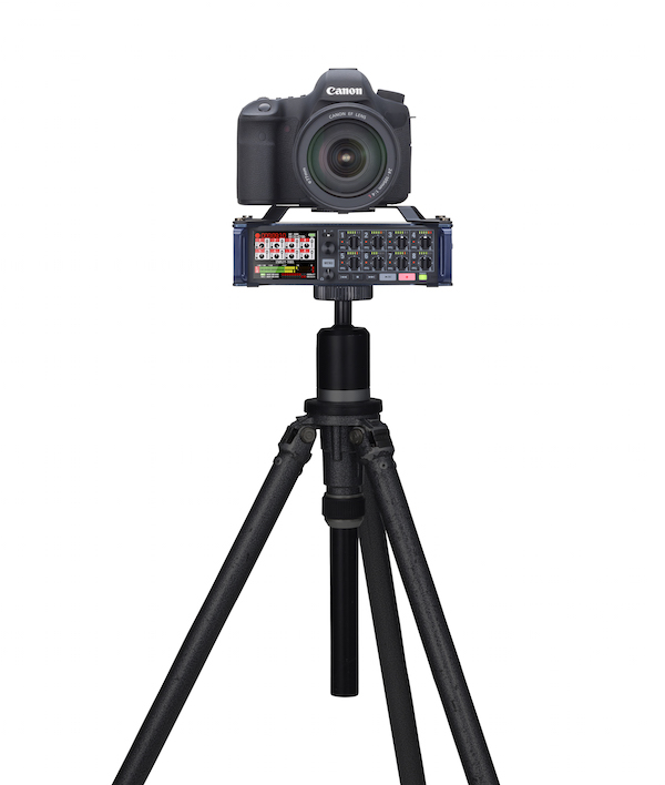 zoom f8 with camera on tripod