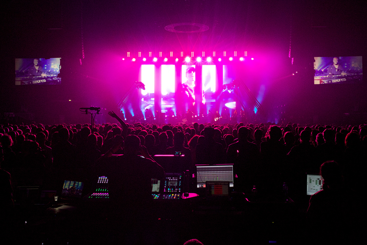 Peter Gabriel 'Back to Front' Tour FOH