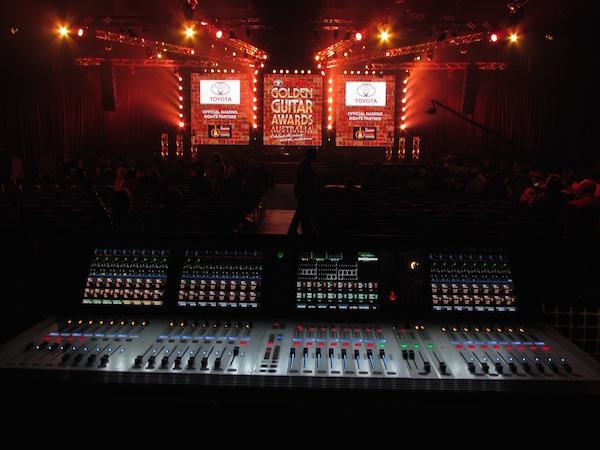 Soundcraft Vi3000 - Golden Guitars Production Shot_rs