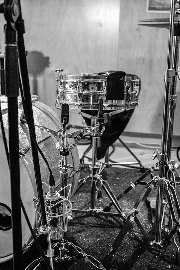 Here's another 'single mic-only' drum position, effective for that 'Motown' sound…