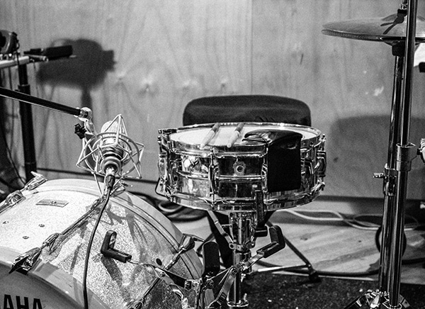 …and one more mono position — from the top this time — with that floppy wallet snare dampening.