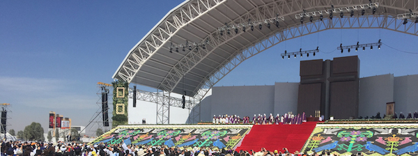 pope_in_mexico_008_rs