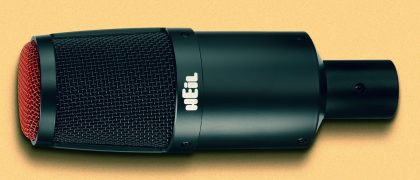 Heil Sound's PR30 end-address microphone uses a 38mm diameter diaphragm.